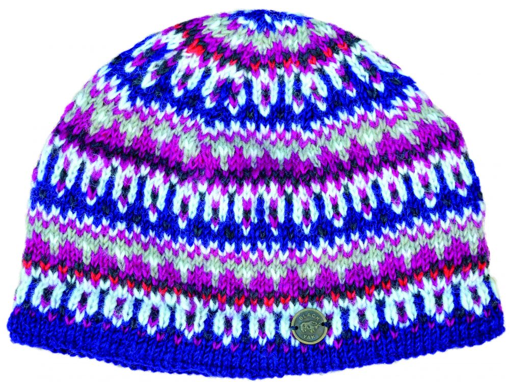 Multi-patterned beanie - hand knitted - petunia