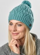 Leaf bobble hat - hand knitted - pure wool - fleece lining - eau de nil