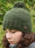 Hand knit - classic bobble - dark green