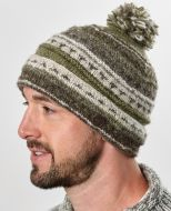 Pattern bobble turn up - hand knitted - pure wool - natural brown / lichen