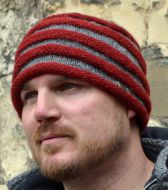 Hand knit - tubes - beanie - grey/red