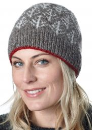 Spruce Beanie - Brown and Red