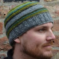 handknit - ridge stripe beanie - greens