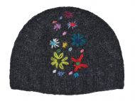 Hand embroidered beanie - charcoal