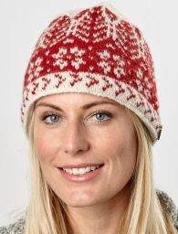 Winter Leaf - pure wool beanie - red