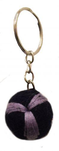 Leaf Keyring - Black/Purple
