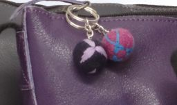 Leaf Keyring - Black/Purple