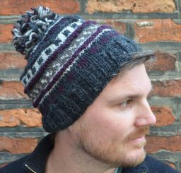 Pattern ridge bobble hat - pure wool - fleece lining - greys / plum