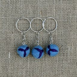 Leaf Keyring - Blue/Purple
