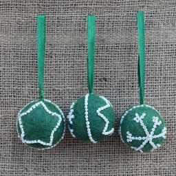 Hand made Felt - Beaded -  Small Christmas Bauble - Green