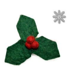 Felt - Christmas Brooch - Holly