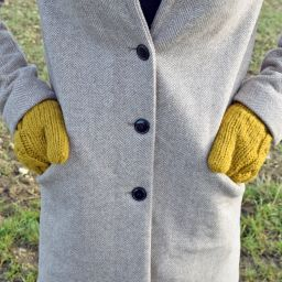 Fleece lined mittens - Cable - Mustard