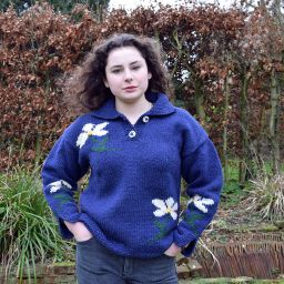 Hand knit, pure wool - Jumper With Flowers - Blue