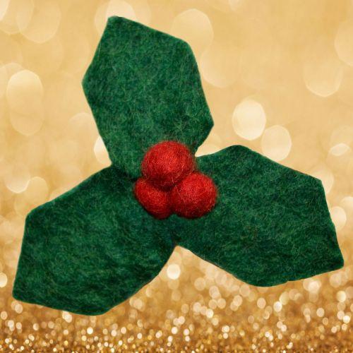 Felt - Christmas Brooch - Holly
