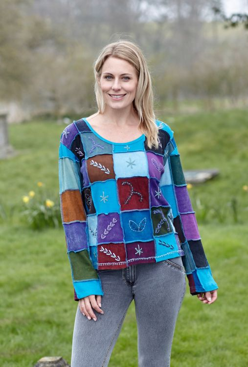 Hand embroidered - patchwork top - blues