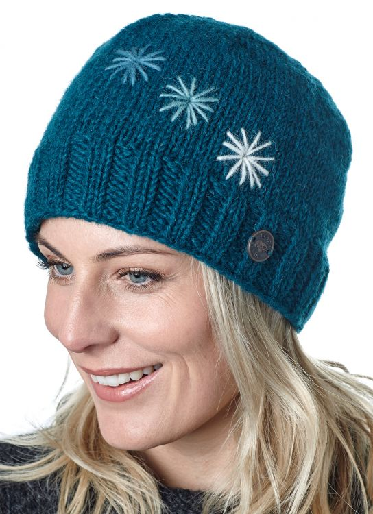 Hand embroidered - three star beanie - teal