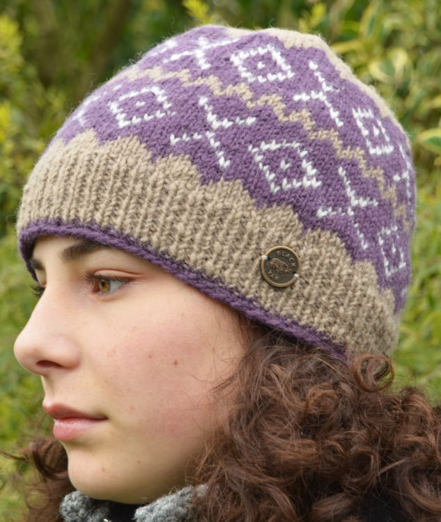 Pure wool - NAYA - Double Zigzag Beanie - Grape