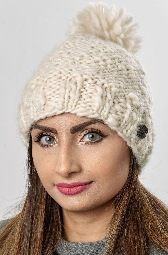 Pure soft wool - half fleece lined - sparkle - bobble hat - Cream ... 0a3c01d5550