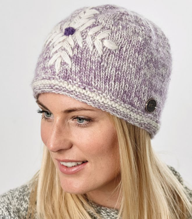 fine wool mix - embroidered beanie - Lilac